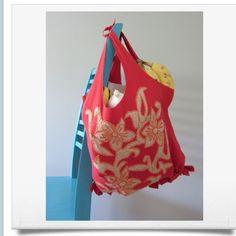 How To Make A No Sew Bag Out Of A Tee Shirt In Ten Minutes ✨#Fashion#Trusper#Tip