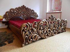 Резная кровать.