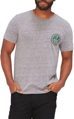 Take a walk down memory lane while enjoying the soft comfort of the men's Threads 4 Thought Woodlands Chest Badge T-shirt. The chest graphic is inspired by a vintage Boy Scout-style badge. Grunge Look, 90s Grunge, Grunge Style, Soft Grunge, Grunge Outfits, Guy Outfits, Tokyo Street Fashion, Aria Montgomery, Casual Shirts For Men