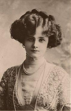 Edwardian Actress Gertie Millar, afterwards Countess of Dudley