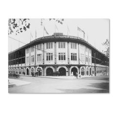Forbes Field was a baseball park in the Oakland neighborhood of Pittsburgh, PA, from 1909 to It was the home of the Pittsburgh Pirates Major League Baseball team & the home of the Pittsburgh Steelers National Football League franchise. Baseball Park, Pirates Baseball, Baseball Photos, Baseball Field, Football Field, Pitt Football, Baseball Scoreboard, Baseball Scores, Gourmet