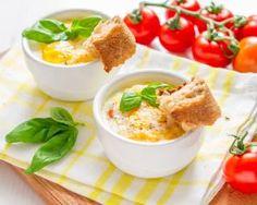Œufs cocotte tomate, parmesan et basilic