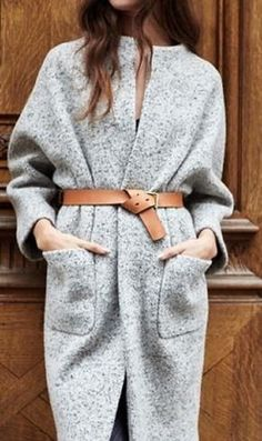 Very Cute Fall / Winter Outfit. This Would Look Good Paired With Any Shoes. - Street Fashion, Casual Style, Latest Fashion Trends - Street Style and Casual Fashion Trends Fashion Moda, Look Fashion, Womens Fashion, Street Fashion, Maxi Coat, Belted Coat, Mode Outfits, Fashion Outfits, Stylish Outfits