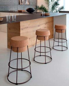 Bouchon bar chair