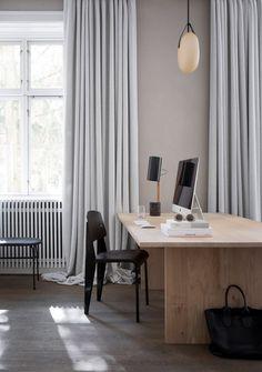 Norm Architects erstellt minimalistischen Arbeitsplatz für Kinfolk Magazin in Kopenhagen #spaces #interior #innenarchitektur