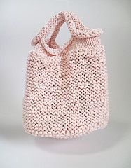 knit bag- make this with plarn for the beach or groceries!