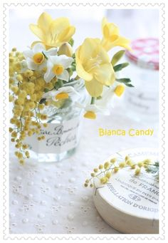 Little Buds, Small Bouquet, Shades Of Yellow, Green Flowers, Flower Designs, Flower Arrangements, Glass Vase, Candy, Table Decorations