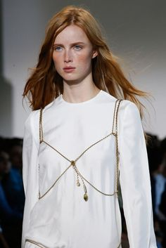 Calvin Klein Collection Spring 2016 Ready-to-Wear Accessories Photos - Vogue Outfit Trends, Calvin Klein Collection, Lingerie, Spring 2016, Summer 2016, Spring Summer, Mannequins, Jewelry Trends, Fashion Details