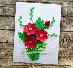 No photo description available. Quilling Tutorial, Quilling Craft, Quilling Flowers, Quilling Designs, Paper Quilling, Quilling Ideas, New Crafts, Paper Crafts, Origami