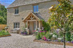 Made in Oak, Oak Framed Porches Cottage Front Doors, House Front Porch, Cottage Porch, Front Porch Design, Cottage Exterior, Dream House Exterior, Cottage Style, House Extension Design, House Design