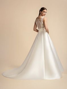 Full A-line Mikado and Net with Square Neck and Bateau Back Moonlight Wedding Dress Style Wedding Dress Backs, Chic Wedding Dresses, Wedding Dress Necklines, Wedding Dress Styles, Beaded Wedding Gowns, A Line Bridal Gowns, Spring Wedding Inspiration, Glam Style, Embroidered Lace