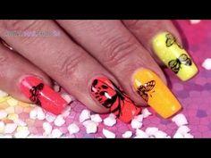 #neon   #tutorial   #nails   #nailart   Strahlende Neonfarben und niedliche Schmetterlinge gehören zum Sommer einfach dazu. Wie so ein Look auf den Fingernägeln aussieht, zeigen wir Dir in diesem Video: http://www.prettynailshop24.de/shop/shining-butterfly-video_958.html?utm_source=pinterest&utm_medium=referrer&utm_campaign=pi_Nailart_Quickfarbgel2016