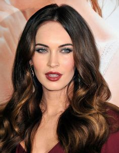 If you still want to keep warmth in your brunette locks through Autumn/Winter, adding soft highlights around the face is the perfect way to do it.  We love how Megan Fox's highlights add brightness to her look.