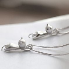 925 Sterling Silver Climbing Cat Necklace