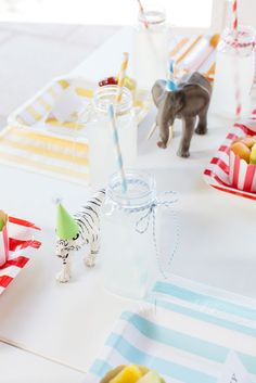 Bright colours and cute toy animals make this vintage circus party great for boys and girls.