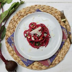 Recipe with video instructions: A little nutty, and full of nutrition from beets, this spaghetti is the healthier way to enjoy pasta. Ingredients: 1 bunch of red beets beets), Olive oil, Salt. A Food, Good Food, Food And Drink, Beet Recipes, Vegetarian Recipes, Red Beets, Roasted Beets, Pesto Recipe, Spaghetti Recipes
