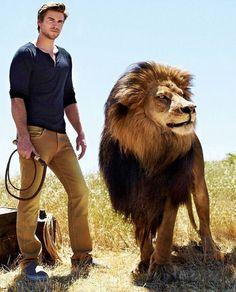 Liam Hemsworth #HungerGamesExplorer #catchingfire