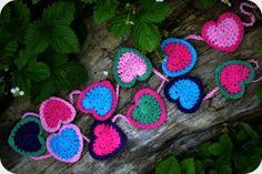 Crochet Heart Bunting - Tutorial ❥ 4U // hf