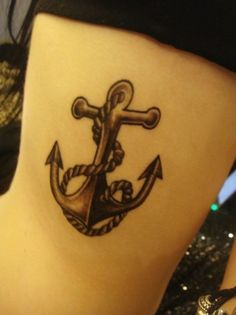 The type of anchor I'll be getting tattooed on my chest this weekend. Only without the rope and with a banner throught the middle with eli's name on it <3