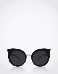 """Sunnies: """"DREAMOFME"""" from QUAY. Click on the picture to shop the product <3"""