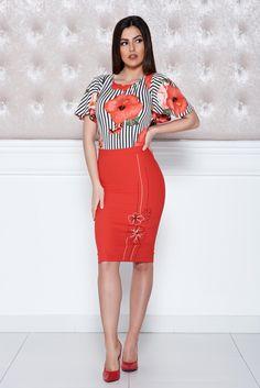Comanda online, Rochie midi cu imprimeu floral LaDonna rosie cu maneca scurta. Articole masurate, calitate garantata! Waist Skirt, High Waisted Skirt, Easter, Floral, Skirts, Collection, Fashion, Moda, Skirt