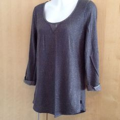 NWOT gray/silver top Cute top sleeved top by Gilligan -size Medium NWOT Gilligan & O'Malley Tops