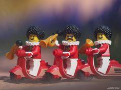 Elvio and the Red Retro Riders. This new gig outta be a blast! . Thanks to Brick Forge for the awesome retro scooters! @brickforge . #lego #ElvioDiegoJosèFranciscodePaulaJuanNepomucenoMaríadelosRemediosCiprianodelaSantísimaTrinidadRuiz #toy_photographers #springtime #hyacinths #jupiter37a #redretroriders #legonofilterfriday #minifiguresbigworld #afol #legominifigures #toyslagram_lego #instalego #legostagram #brickcentral #legoart #legography #legogram #joecowlego #brickpichub #bricknetwork…