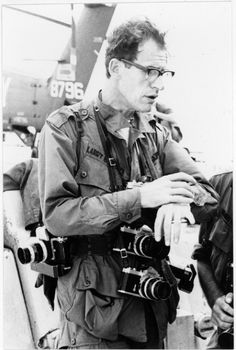 Larry Burrows photographed during the prep of Operation Deckhouse, February Vietnam. Burrows died with fellow photojournalists Henri Huet, Kent Potter and Keisaburo Shimamoto, when their helicopter was shot down over Laos in Laos, Nikon, Vietnam War Photos, North Vietnam, Military Pictures, War Photography, Indochine, Famous Photographers, American War