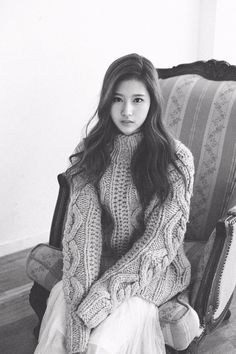 "Twice Pics en Twitter: ""Sana photoshoot ""PHOLAR"" By Jin Suk Young ✨. #3 https://t.co/4HnnnsdLs1"""