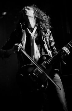 Led Zeppelin: Jimmy Page on stage.