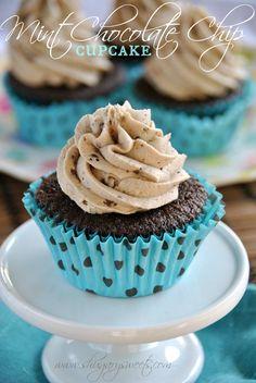 Mint Chocolate Chip Cupcakes: dark chocolate cupcakes from scratch topped with mint chocolate chip frosting #mint #chocolatechip #cupcakes @shugarysweets
