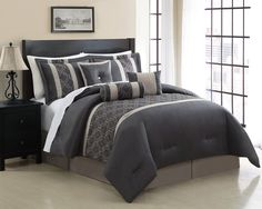 Minimalist Bedroom with Rectangular Black Wooden Headboard and California King Black Grey Embroidered Bedding Sets. 8 bedroom designs in Cheap California King Bedding gallery Mens Bedding Sets, Cheap Bedding Sets, Queen Bedding Sets, Luxury Bedding Sets, Affordable Bedding, Bed Sets, Bed Linen Sets, Camas King Size, Classic Bedding Sets