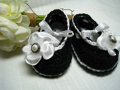 easypeasy grandma: Buttons and baby shoes