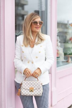 Blazer: Recent from Zara, Loving this and this Estilo Preppy Chic, Preppy Style, My Style, Mature Fashion, Over 50 Womens Fashion, Spring Summer Fashion, Autumn Winter Fashion, Weekend Fashion, Spring Wear