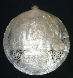 """Mouse over image to zoom      ANTIQUE VICTORIAN MOTHER OF PEARL 7"""" SEASHELL DEEP CARVED W LIFE OF CHRIST"""