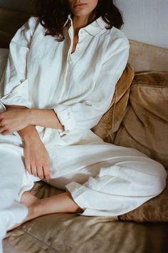 datura blog | lexie smith, white linen ren jumpsuit.