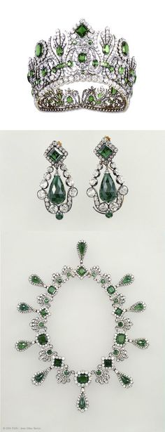 Emerald and Diamond Parure of Marie-Louise Empress of France. The parure were Napoleon I presented to Archduchess Marie-Louise of Austria on the occasion of their wedding in 1810, and which was subsequently bequeathed by the empress to Grand Duke Leopold II of Tuscany. The parure was comprising a diadem, a necklace, a pair of earrings, a comb, a belt clasp.  This was designed by Etienne Nitot and consisted of a total of 138 emeralds, 382 rose-cut diamonds and 2,162 brilliant-cut diamonds.