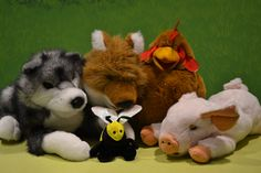 January 2015.  THEME: Tricky Foxes.  What's In Foxes Sack?  by Paul Galdone transformed into a marvelous puppet story that kept the kids transfixed until the end.  The kids really enjoyed knowing what was in the sack even though the fox did not!
