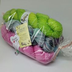 Because tomorrow is a public holiday in here I'm extending the 10% on Joji's kits until midnight BST tomorrow!  Hand dyed yarn, handdyed, handmade, Scotland