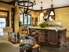 I love yellow in the kitchen