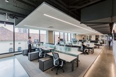 Open office at Sacramento Kings Corporate in Sacramento Corporate Office Design, Modern Office Design, Corporate Interiors, Office Interior Design, Luxury Interior Design, Office Interiors, Corporate Offices, Office Designs, Interior Modern