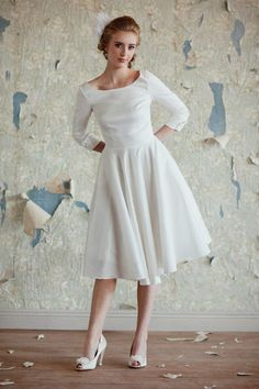 '50s inspired tea length wedding dress
