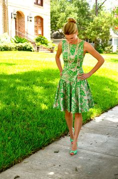 This dress is adorable. Love. Interesting website- a personal shopper puts together outfits.