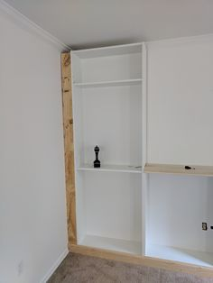 Complete a wall of built-ins on a budget by turning a set of IKEA Billy bookcase. - Ikea DIY - The best IKEA hacks all in one place Billy Ikea, Ikea Billy Bookcase Hack, Ikea Shelves, Built In Bookcase, Billy Bookcases, Closet Shelves, Ikea Closet Hack, Ikea Wardrobe Hack, Ikea Office Hack