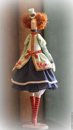Купить или заказать Жаклин в интернет-магазине на Ярмарке Мастеров. Куколка самостоятельно не стоит, хорошо сидит. Для подвешивания имеется петелька.