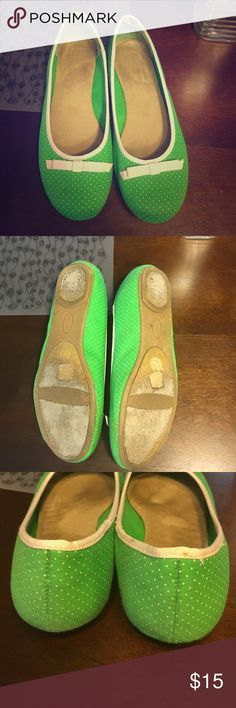 """Green and White Polka Dot Gap Ballet Flats Wanna add a pop of color to your wardrobe? If the answer is yes, you need to push the little blue """"buy now"""" button on the right hand side! Only worn once and has a little wear on the outside soles. GAP Shoes Flats & Loafers"""
