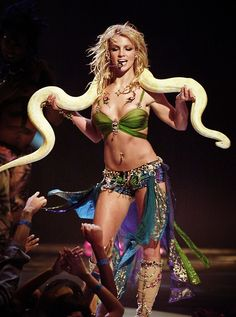"Britney Spears performing ""I'm A Slave 4 U"" at the 2001 MTV Video Music Awards."
