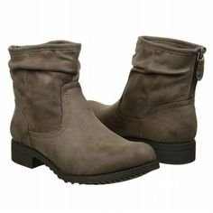 Enjoy a winter festival in the Tia boots from Cliffs by White Mountain. #famousfootwear