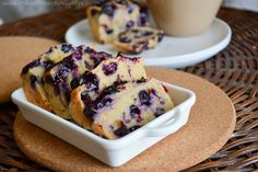 Blueberry Cheesecake Protein Bread #healthybreakfast #cleaneating #eatclean #iifym #protein