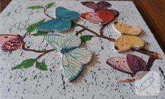 eskitme, dekupaj ve hamur kabartma uygulanmış ahşap kelebekli pano cıvıl cıvıl bir model olmuş. ahşap boyama ve farklı tekniklerle yapabileceğiniz el işi örnekleri 10marifet.org'Da
